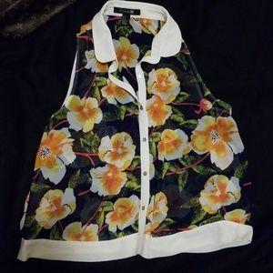 Forever 21 Hawaiian Aloha print sleeveless blouse